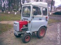 Минитрактор с кабиной от УАЗ-469