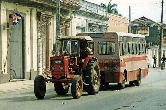 Как сделать автобус из трактора и ПАЗика