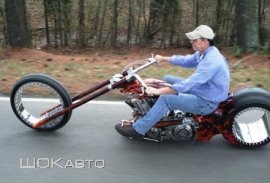 Мотоцикл Hubless Monster с  бесспицевыми колесами