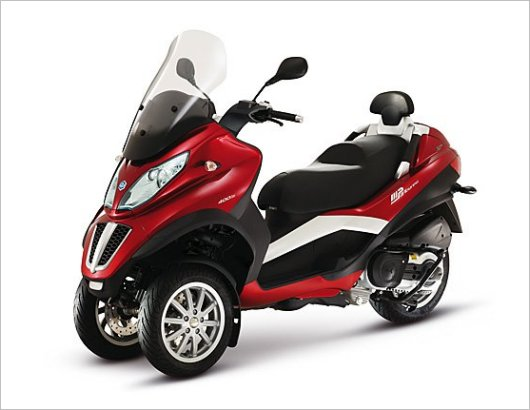 Трицикл Scooter Piaggio MP3 LT 400