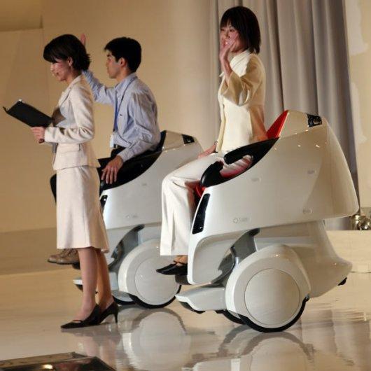Мобильный робот Toyota Mobiro