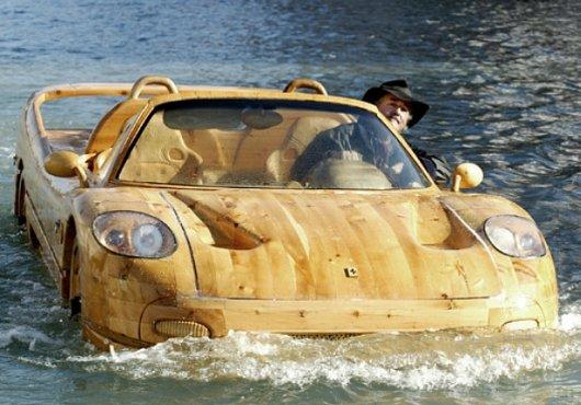 Деревянный автомобиль-лодка Феррари