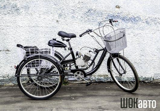 Грузовой велотрицикл с мотодвигателем